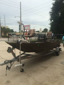 Motorguide trolling motor and break up camo swivel seats installed in a 2015 G3 Johnboat